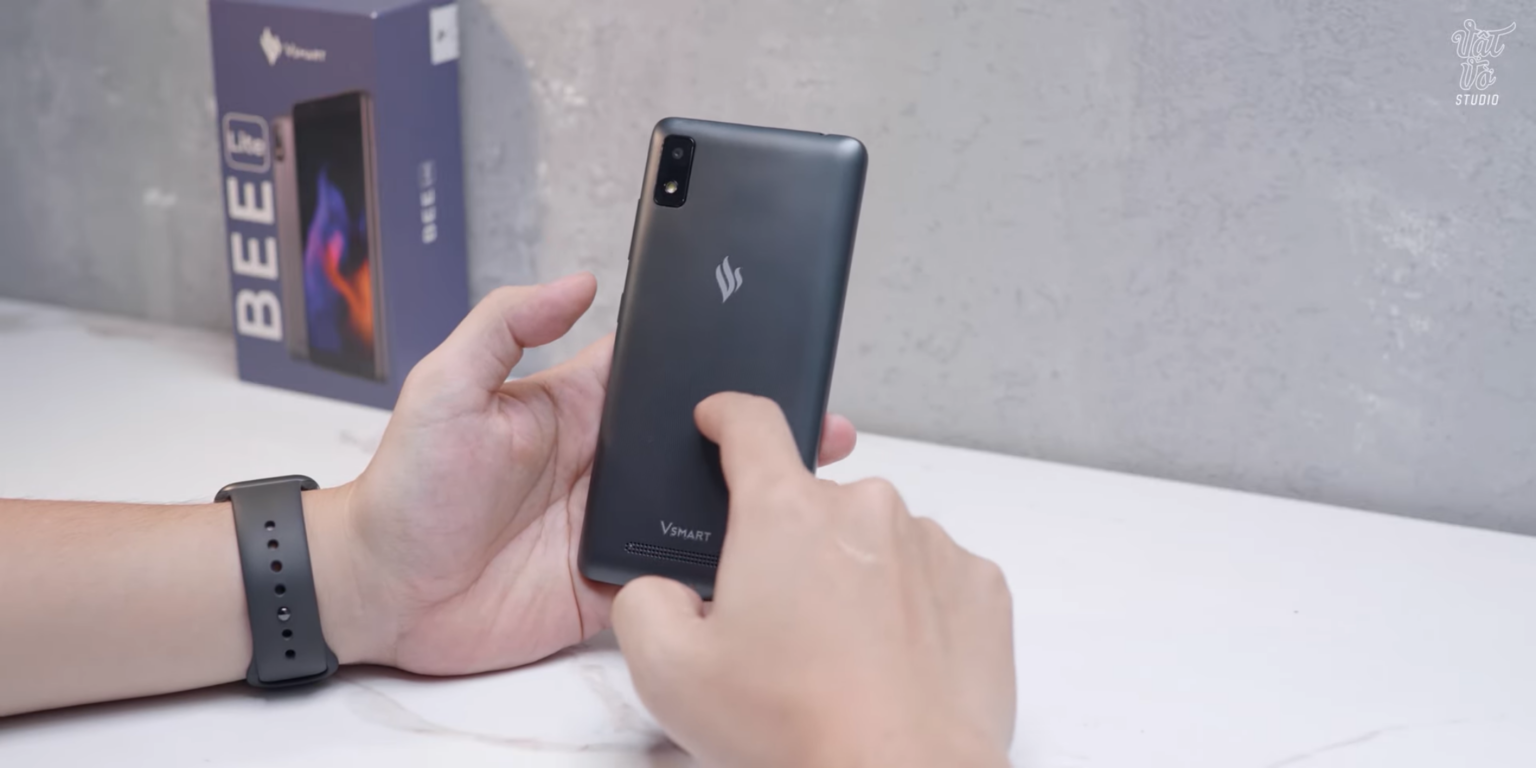 Chiếc điện thoại này của Vsmart sắp được phổ cập toàn dân  - Ảnh 1.