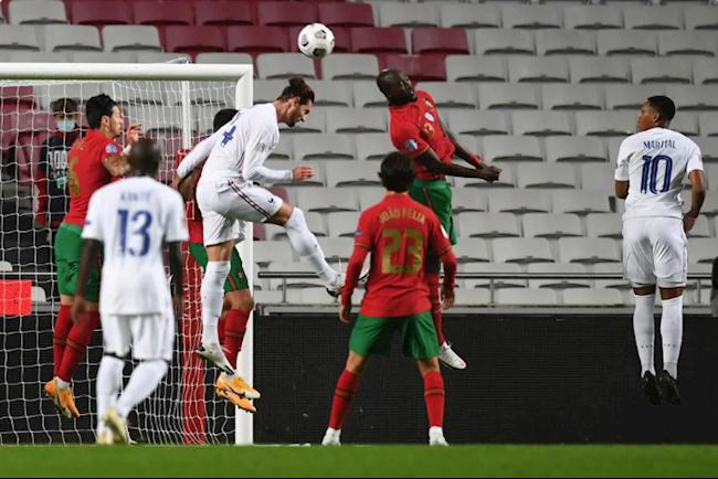 Bồ Đào Nha thua Pháp, HLV Santos đổ lỗi cho ai? - Ảnh 1.