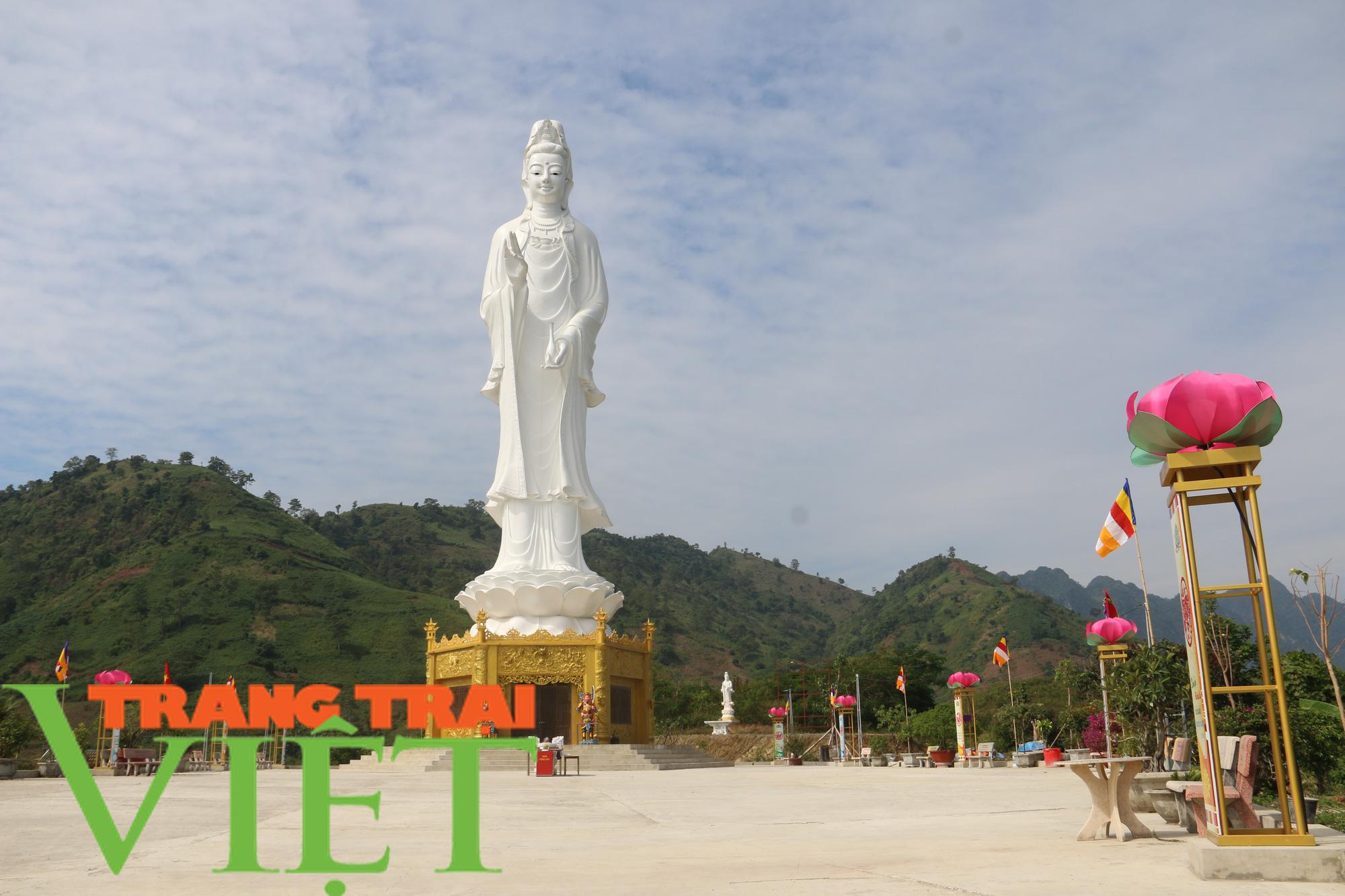"""Chùm ảnh: Trải nghiệm, khám phá """"Hạ Long thu nhỏ"""" huyện Quỳnh Nhai - Ảnh 9."""