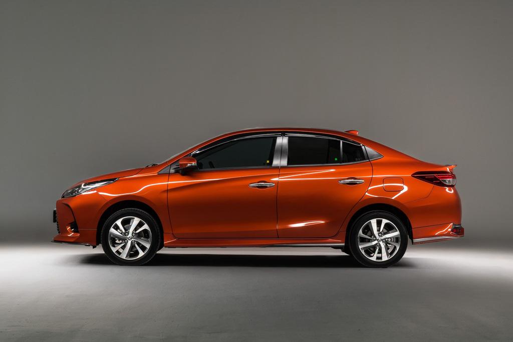 Toyota Vios 2020 được ra mắt tại Malaysia - Ảnh 5.