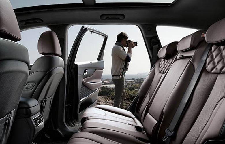 Hyundai Santa Fe 2021 sắp về Việt Nam, giá bán có hấp dẫn?   - Ảnh 7.