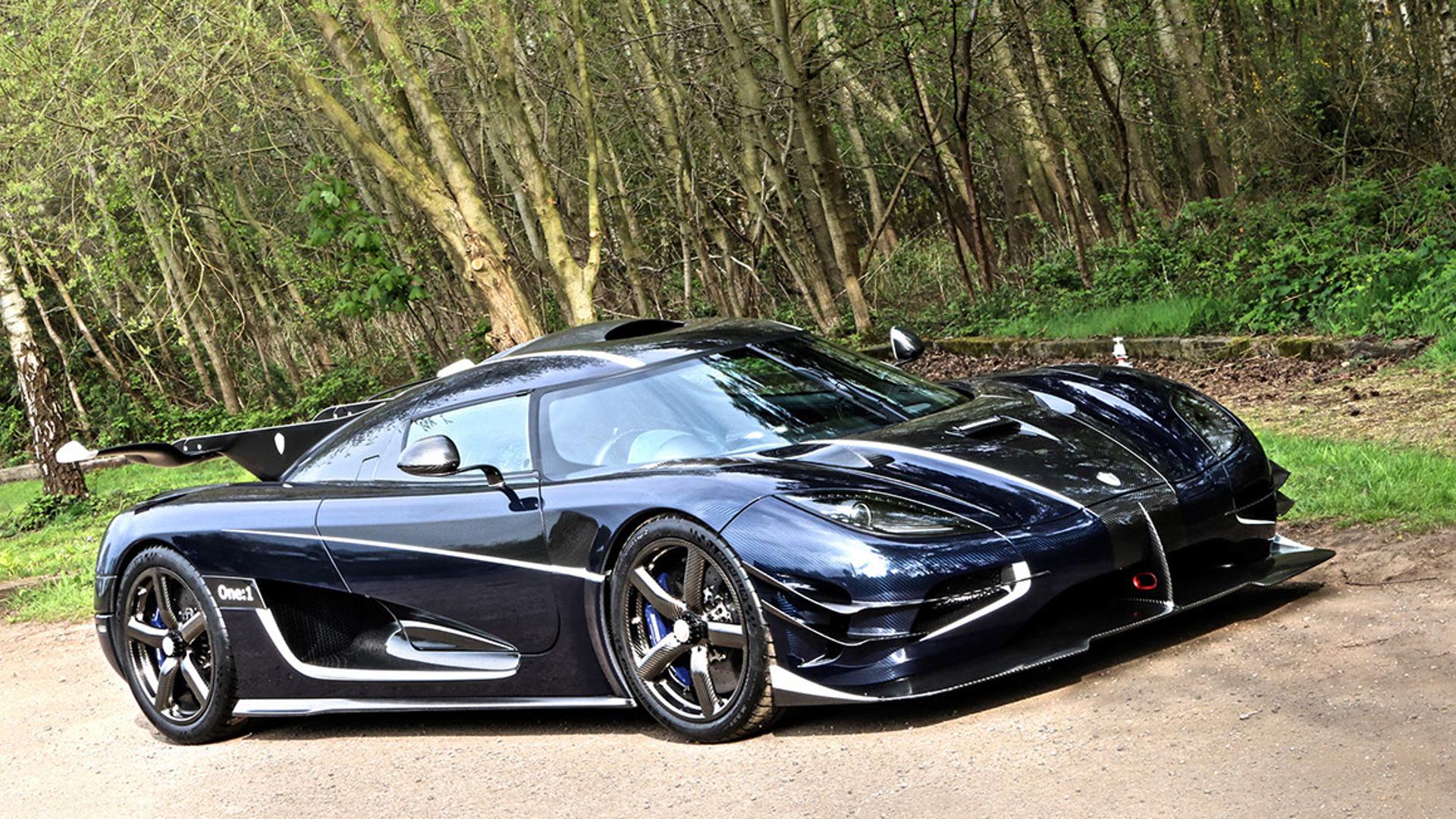 Cận cảnh siêu xe cũ rao bán giá hơn trăm tỷ đồng - Ảnh 8.