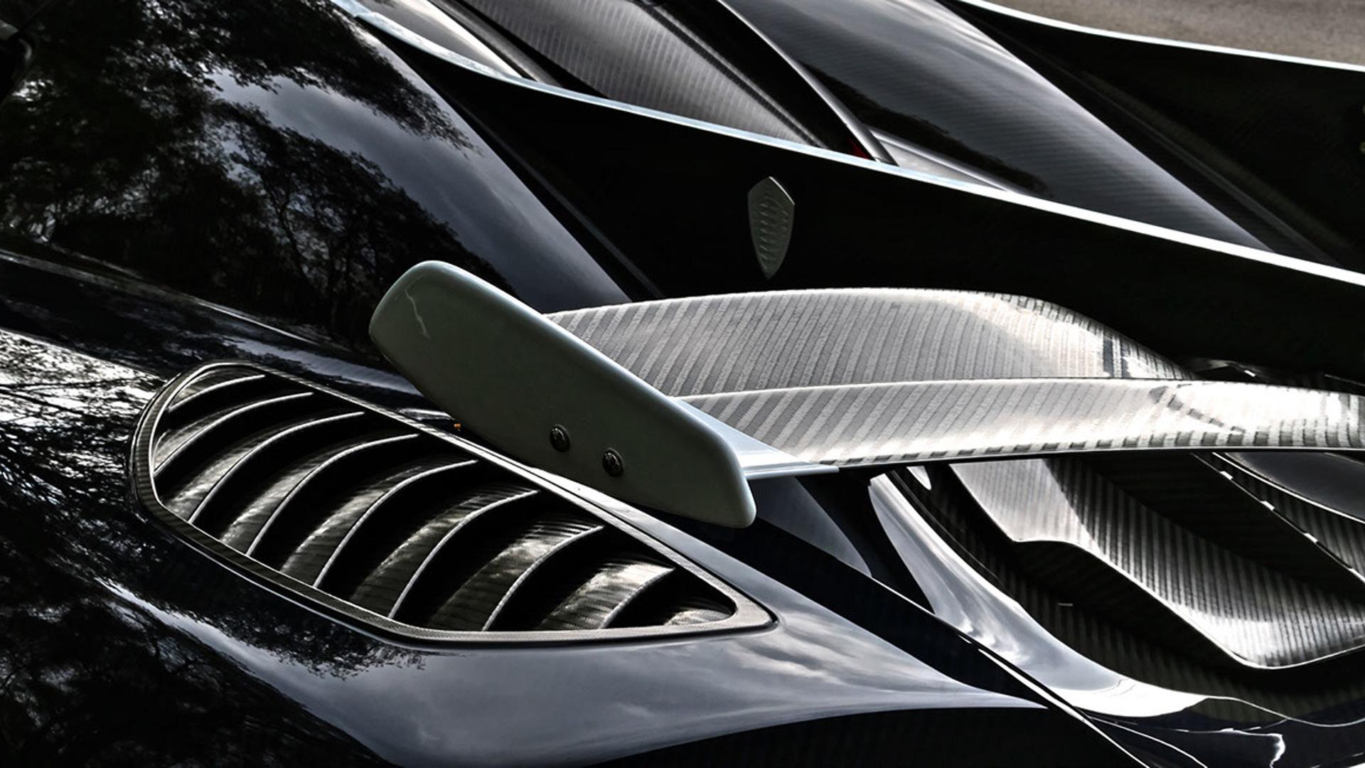 Cận cảnh siêu xe cũ rao bán giá hơn trăm tỷ đồng - Ảnh 15.