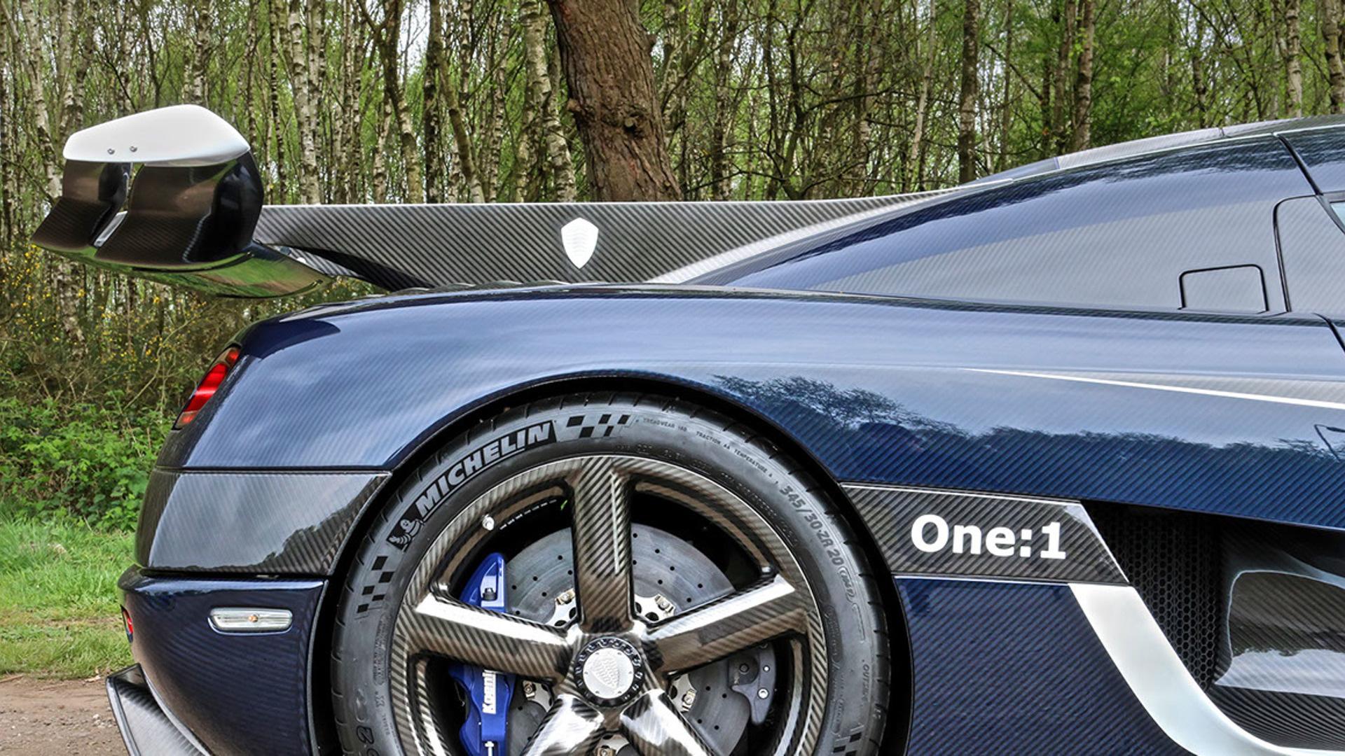Cận cảnh siêu xe cũ rao bán giá hơn trăm tỷ đồng - Ảnh 11.