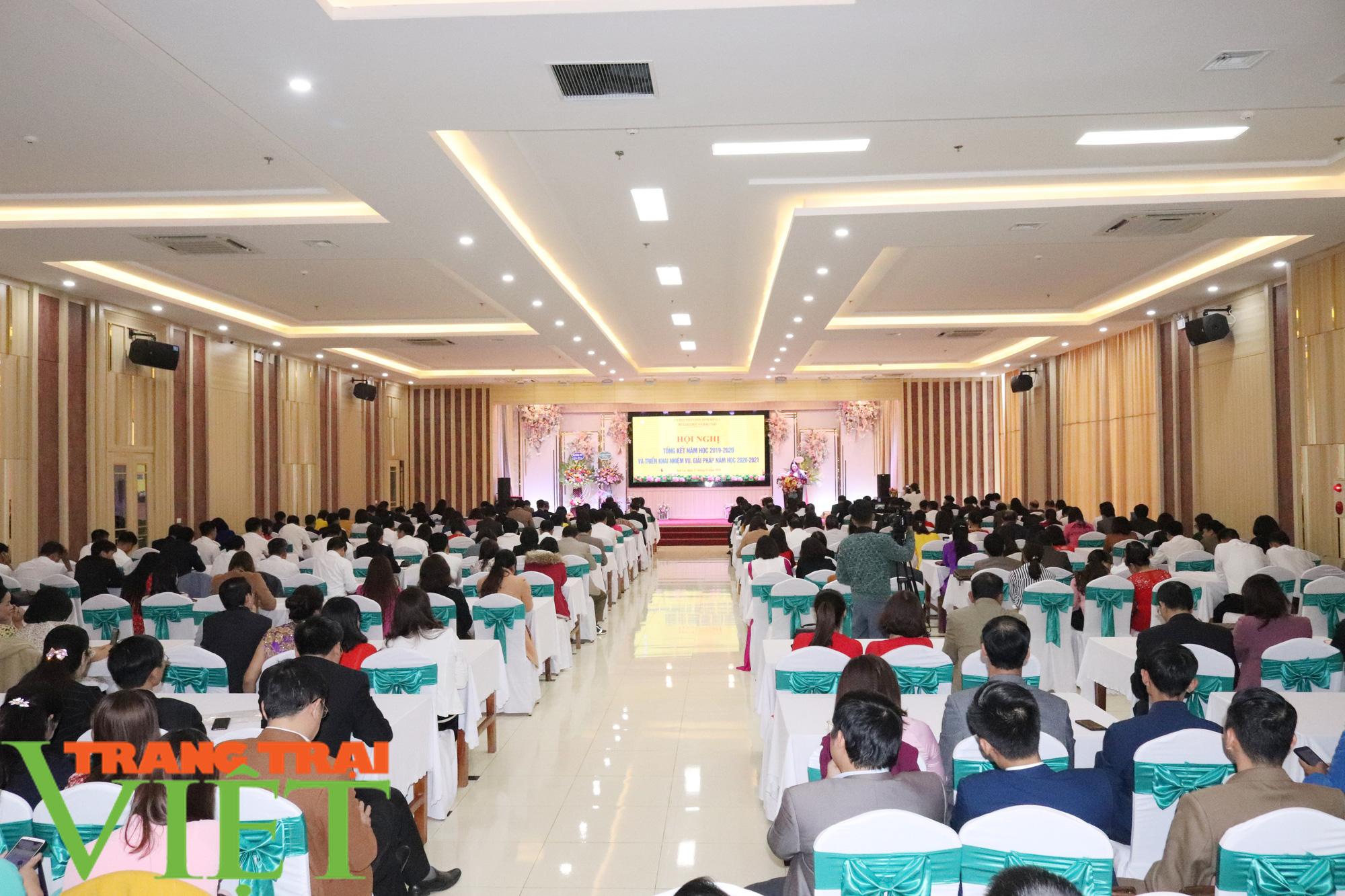 Xây dựng tỉnh Sơn La thành trung tâm giáo dục đào tạo của vùng Tây Bắc - Ảnh 1.