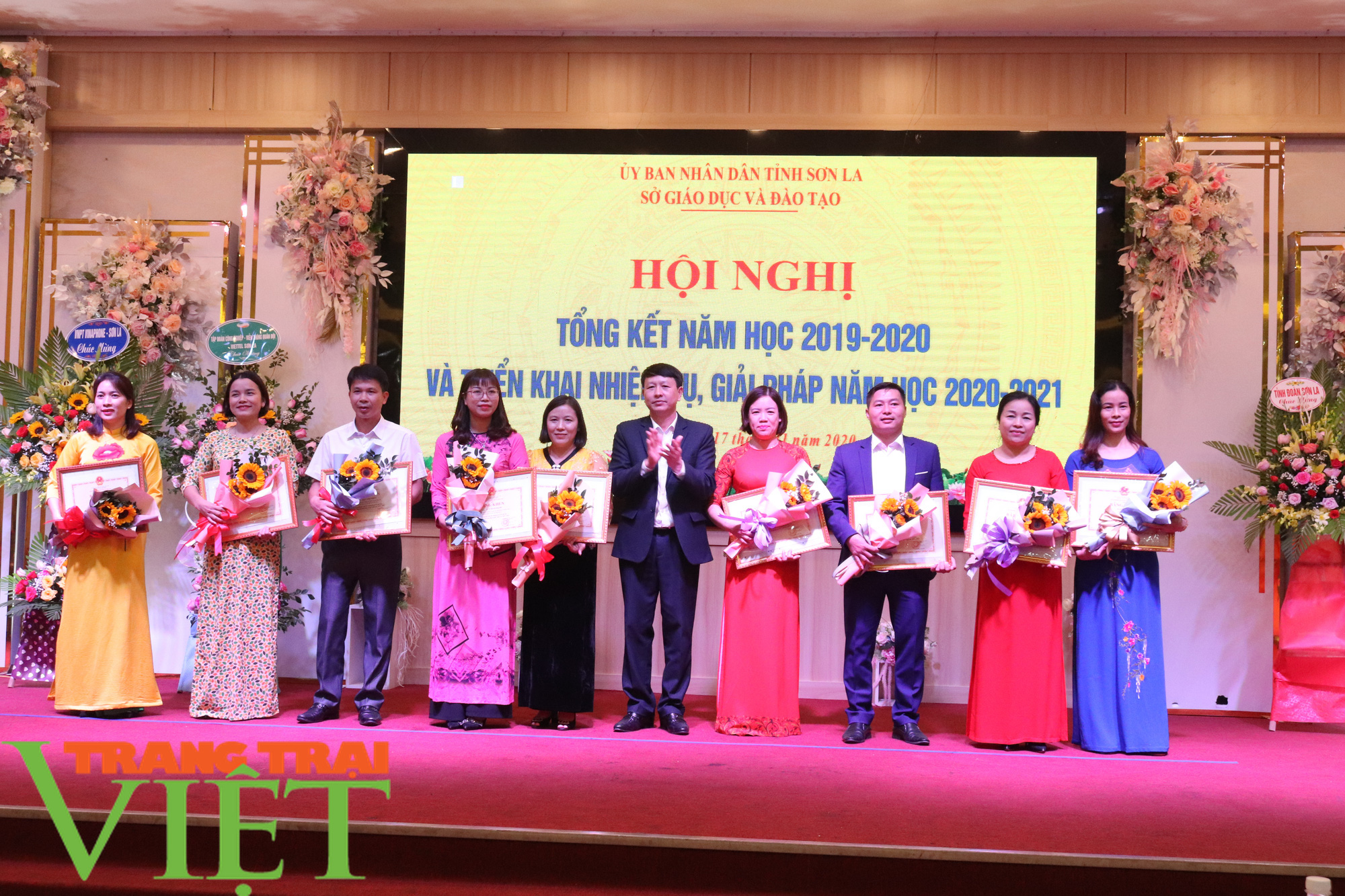 Xây dựng tỉnh Sơn La thành trung tâm giáo dục đào tạo của vùng Tây Bắc - Ảnh 6.
