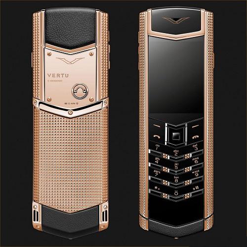 9 chiếc điện thoại Vertu đắt đỏ nhất thế giới, phủ vàng đá quý cả triệu đô la - Ảnh 8.