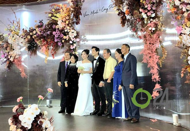 Hậu đám cưới, Công Phượng - Viên Minh sở hữu trong tay cả... 100 tỷ - Ảnh 2.