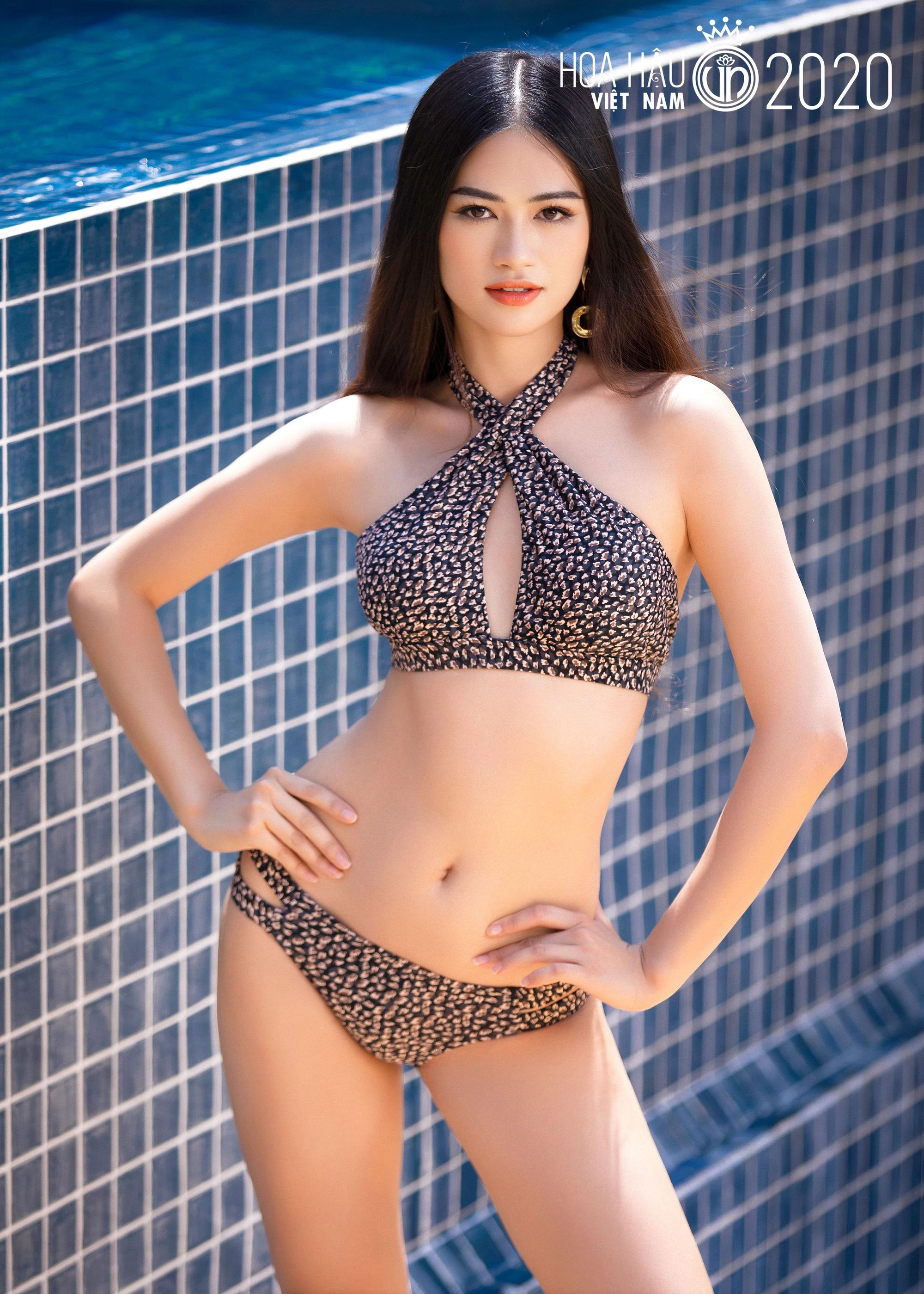 """5 mỹ nhân Hoa hậu Việt Nam 2020 mặc bikini quyến rũ """"đốt mắt"""" dự đoán """"soán ngôi"""" Trần Tiểu Vy là ai? - Ảnh 16."""
