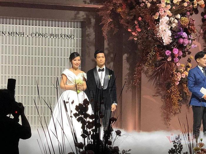 Hậu đám cưới, Công Phượng - Viên Minh sở hữu trong tay cả... 100 tỷ - Ảnh 3.