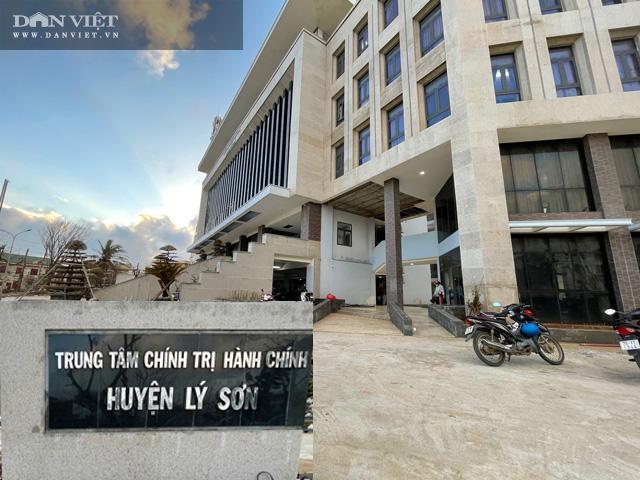 Quảng Ngãi: Hư nát bên trong công trình UBND huyện 80 tỷ vừa nghiệm thu kĩ thuật  - Ảnh 10.