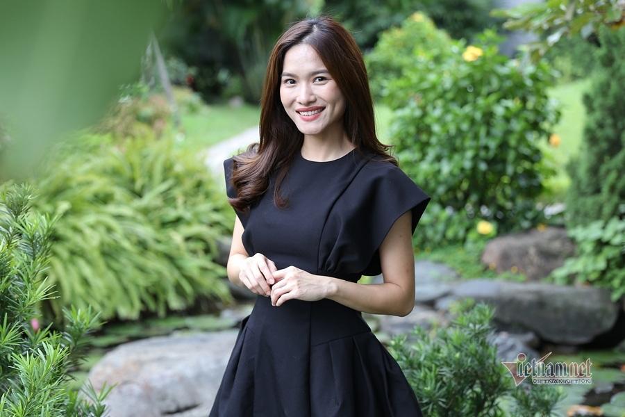 MC Mai Trang VTV: Nhiều người khuyên tôi lấy chồng giàu là xong - Ảnh 6.