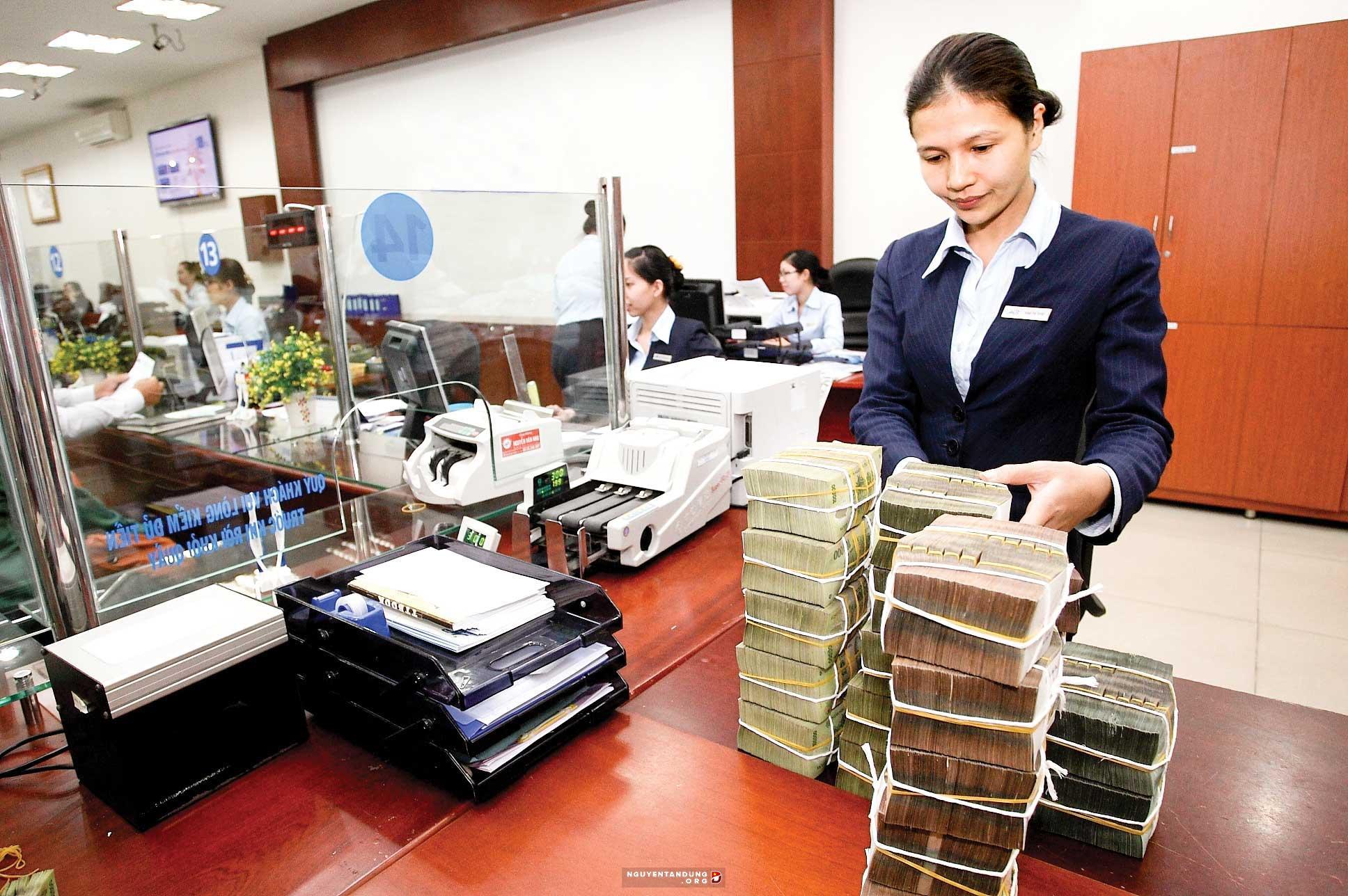 Bổ sung quy định chấp thuận danh sách dự kiến nhân sự của ngân hàng khi khuyết người đại diện pháp luật - Ảnh 2.