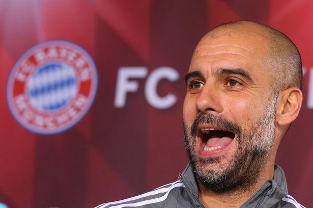 Pep mỉa mai Ronaldo khi ông còn dẫn Bayern.