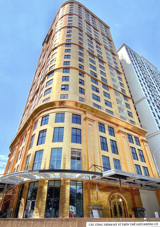 Khách sạn dát vàng 9999 đầu tiên trên thế giới ở Hà Nội xác lập kỷ lục - Ảnh 1.