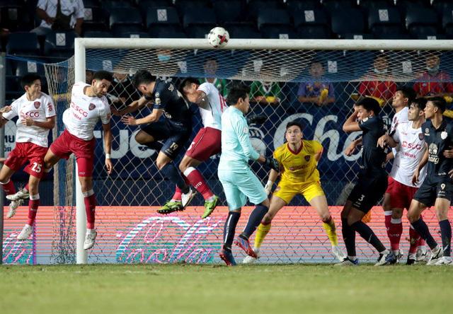 Tin sáng (2/11): Đặng Văn Lâm nhận lời khen từ cựu HLV U23 Thái Lan - Ảnh 1.