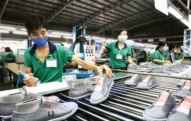 Kim ngạch xuất nhập khẩu 2 tháng đầu năm 2021 đạt gần 100 tỷ USD - Ảnh 1.