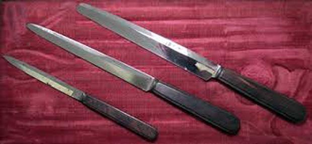 Bác sĩ phẫu thuật tai tiếng nhất thế kỷ 19: Mổ 1 nhưng chết 3, xẻo nhầm cả tinh hoàn bệnh nhân - Ảnh 4.