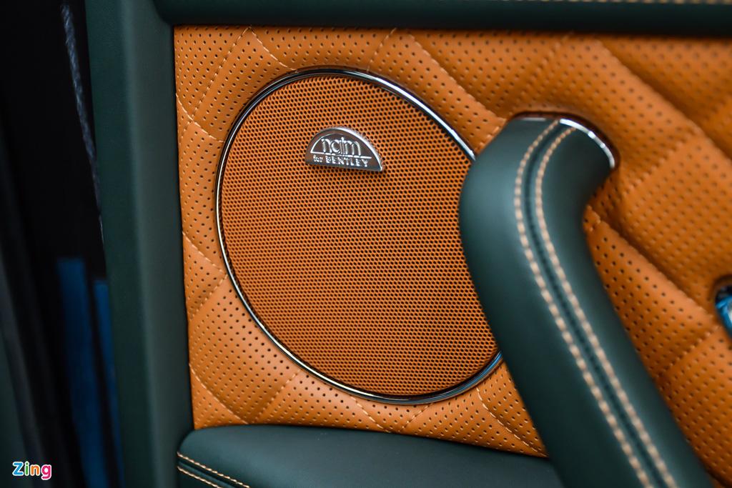 Bentley Flying Spur V8 S anh 20