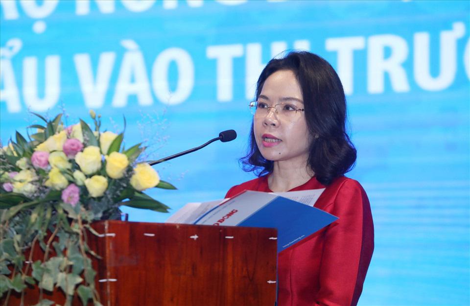 Bà Hà Thu Giang – Phó Vụ trưởng Vụ Tín dụng và Các ngành kinh tế (Ngân hàng Nhà nước) phát biểu. Ảnh: Tô Thế
