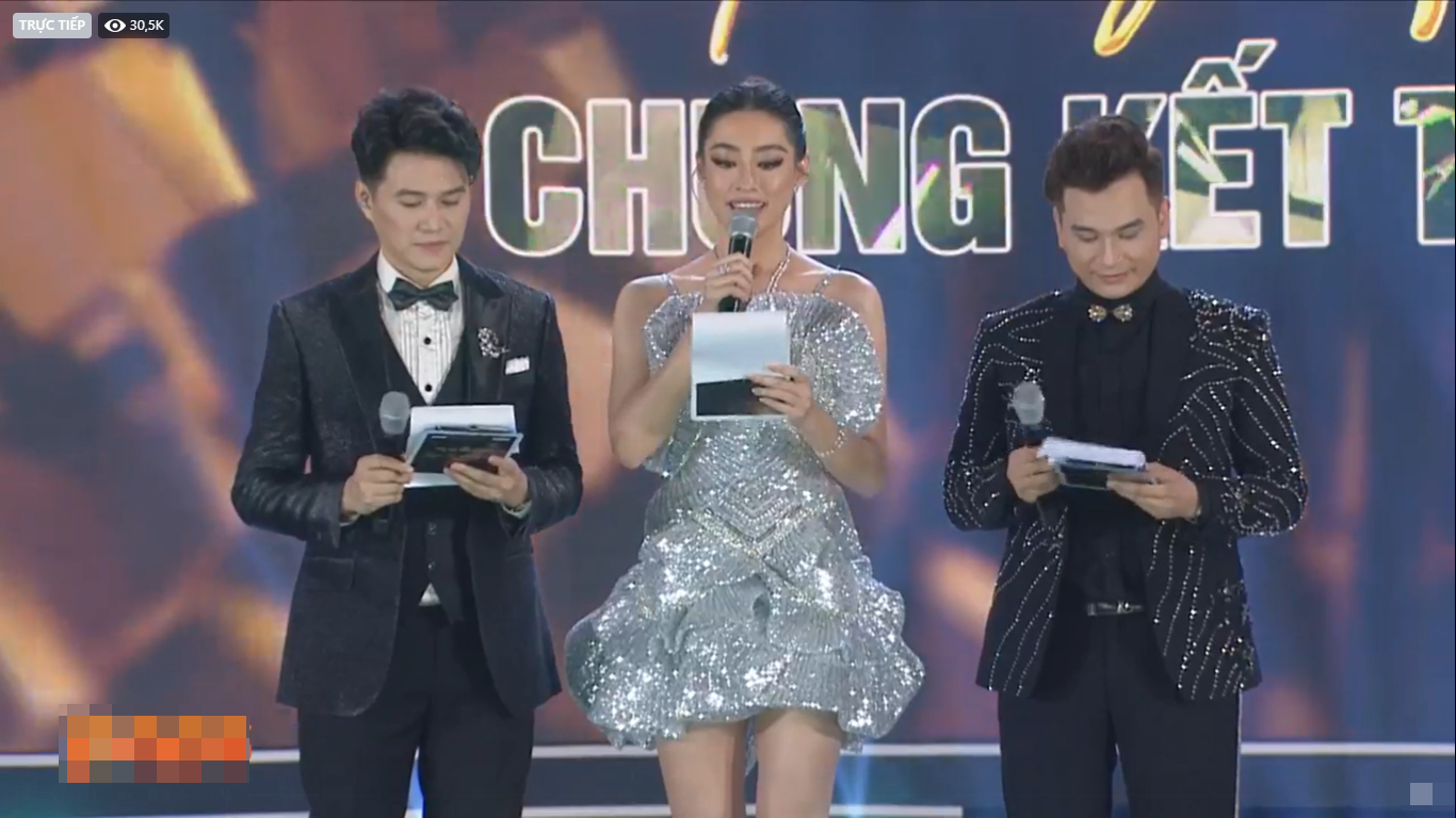 """Phản ứng không ngờ của Lương Thùy Linh khi bị chê bai là """"MC thảm họa"""" tại Hoa hậu Việt Nam 2020 - Ảnh 1."""