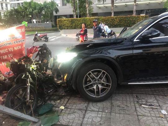 Kết luận vụ nữ tiếp viên Vietnam Airline bị xe sang tông gần sân bay Tân Sơn Nhất - Ảnh 2.