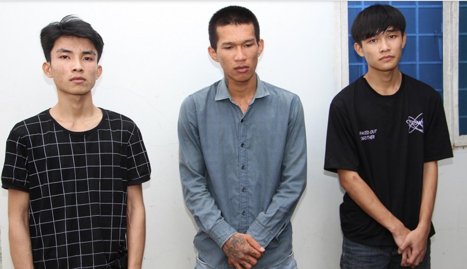An Giang: Mua ma túy qua Zalo để dùng dần, ba thanh niên bị người dân báo công an - Ảnh 1.