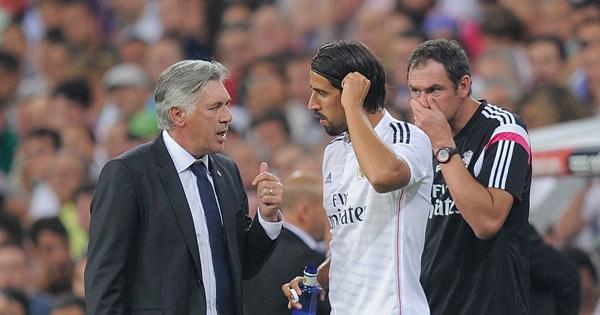 Ancelotti và Khedira hồi còn ở Real Madrid.