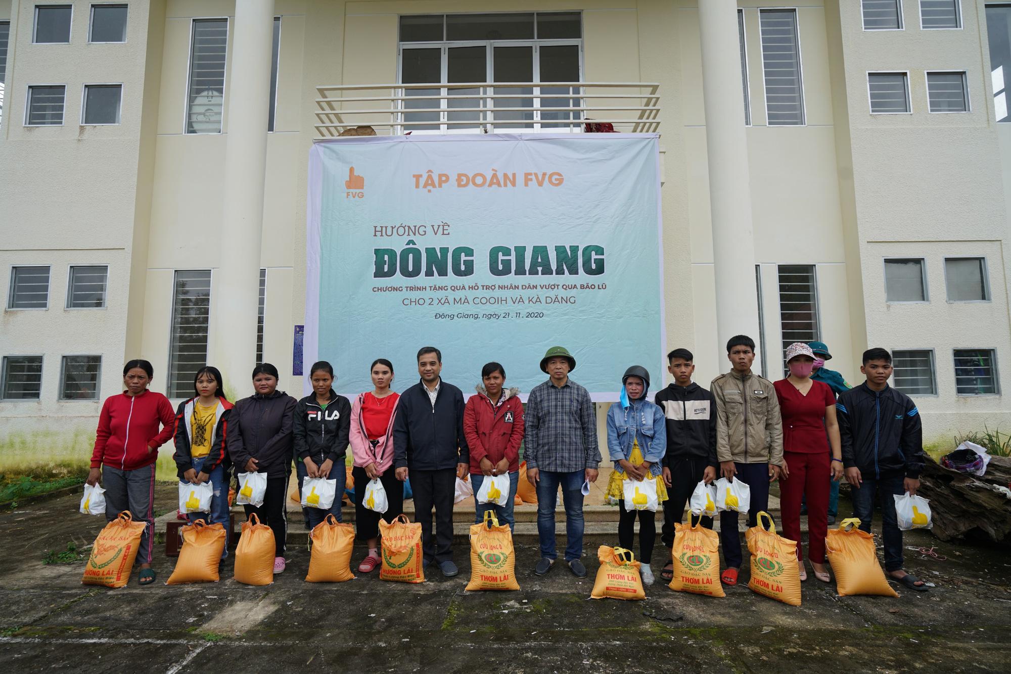 Quảng Nam: Tập đoàn FVG tặng 1100 suất quà hỗ trợ đồng bào miền núi bị ảnh hưởng do bão lũ  - Ảnh 2.