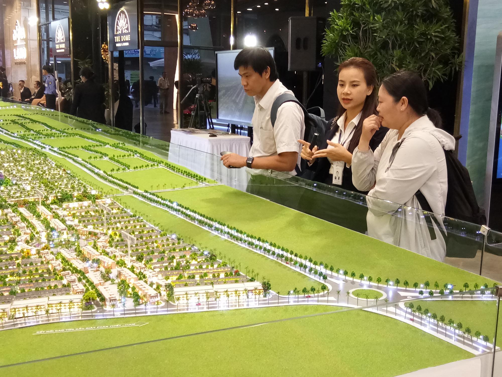 """""""Ông lớn"""" Novaland mở cửa trung tâm triển lãm bất động sản lớn nhất toàn quốc - Ảnh 1."""