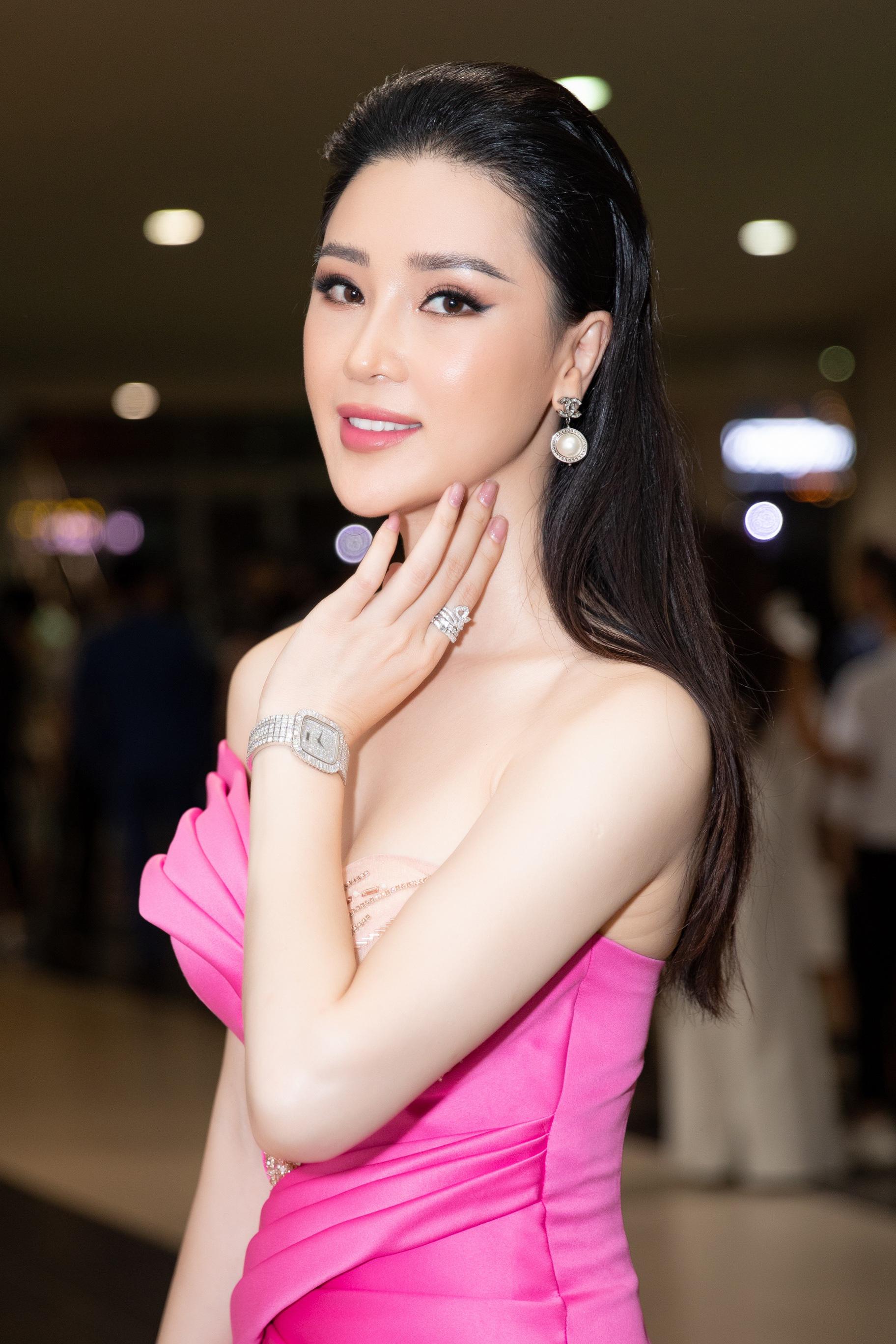 """Thái Như Ngọc: """"Tôi bị lôi cuốn bởi nét đẹp của Đỗ Thị Hà"""" - Ảnh 1."""