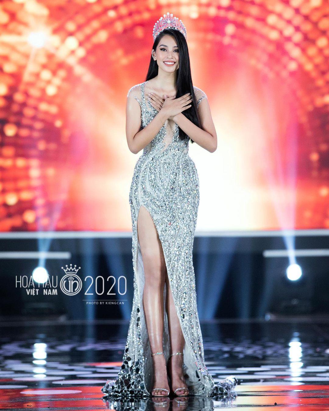 Kỳ Duyên hoài niệm về khoảnh khắc đăng quang Hoa hậu Việt Nam 2014, Trần Tiểu Vy bồi hồi xúc động - Ảnh 2.
