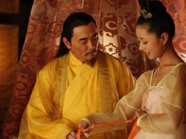 """Hoàng đế Trung Quốc mê """"cướp"""" vợ quan lại, vội vã nhường ngôi để hoan lạc - Ảnh 7."""