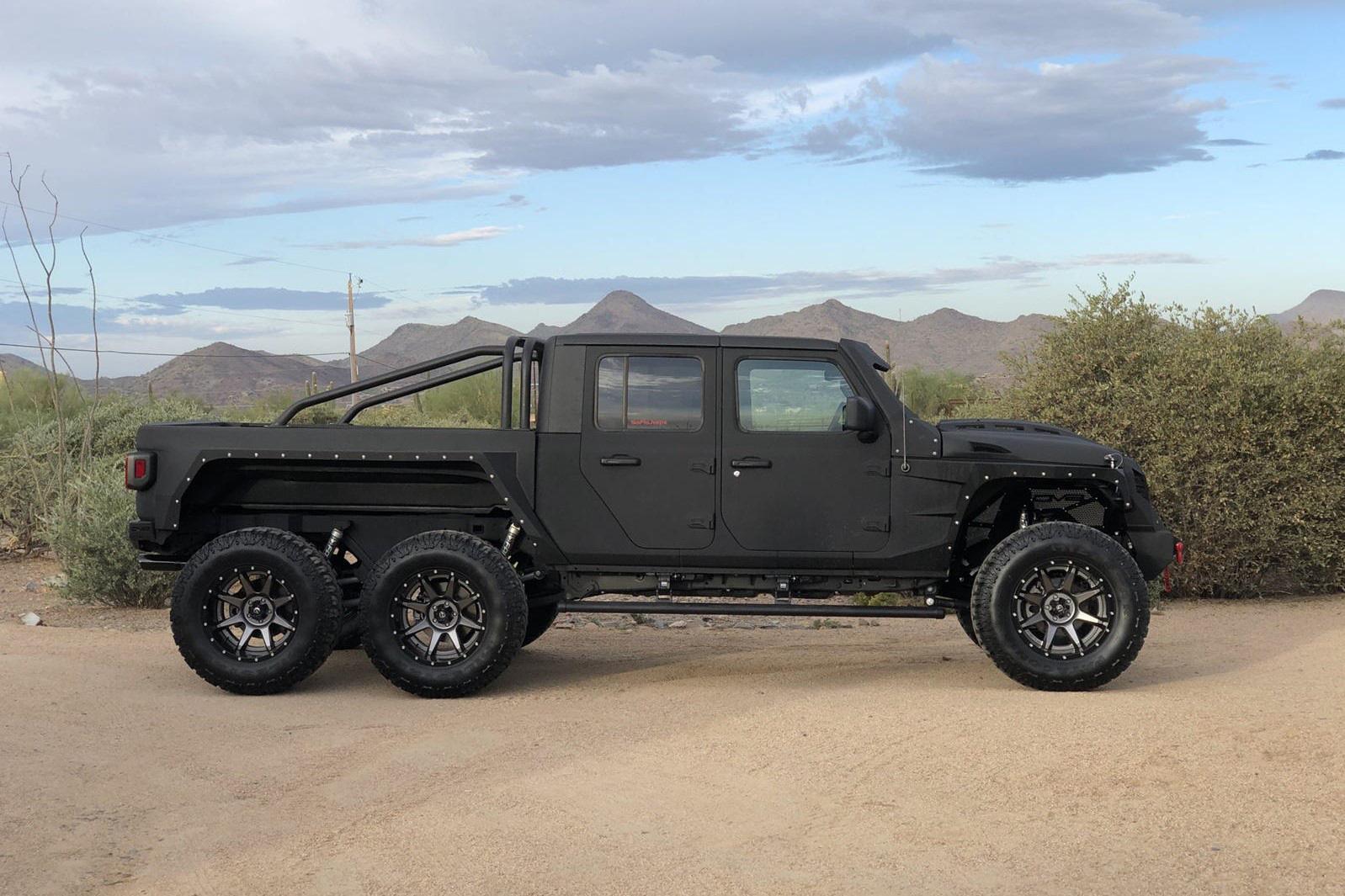 Bản độ Jeep Gladiator 6x6 giá 139.000 USD - Ảnh 2.
