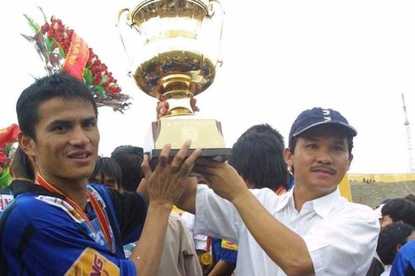 """CĐV Thái Lan: """"Nhờ tiki taka của Kiatisak, HAGL sẽ là Barca của Việt Nam"""" - Ảnh 2."""