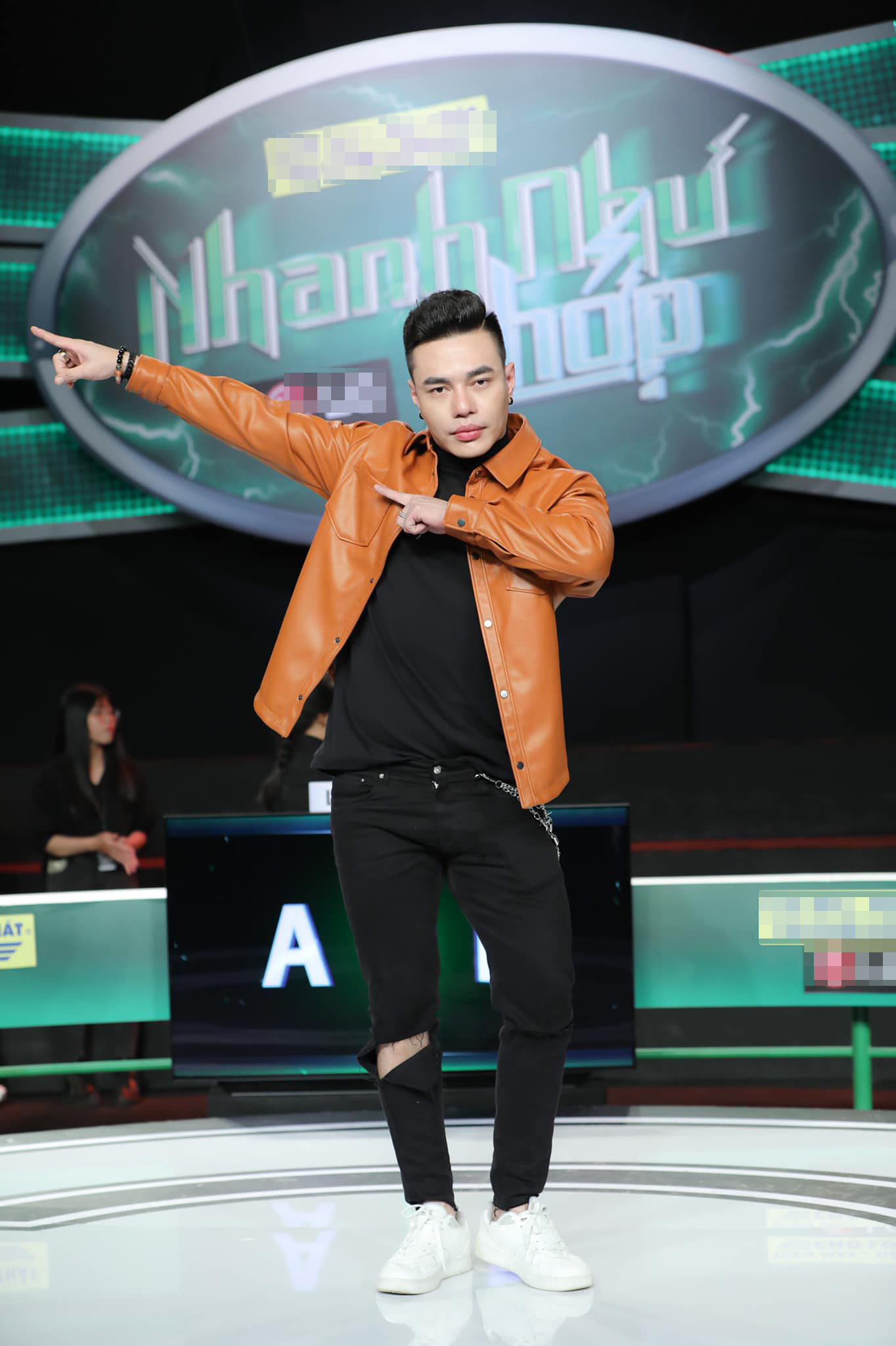 """Lê Dương Bảo Lâm đanh đá """"vỗ mặt"""" anti-fan buông lời công kích - Ảnh 1."""