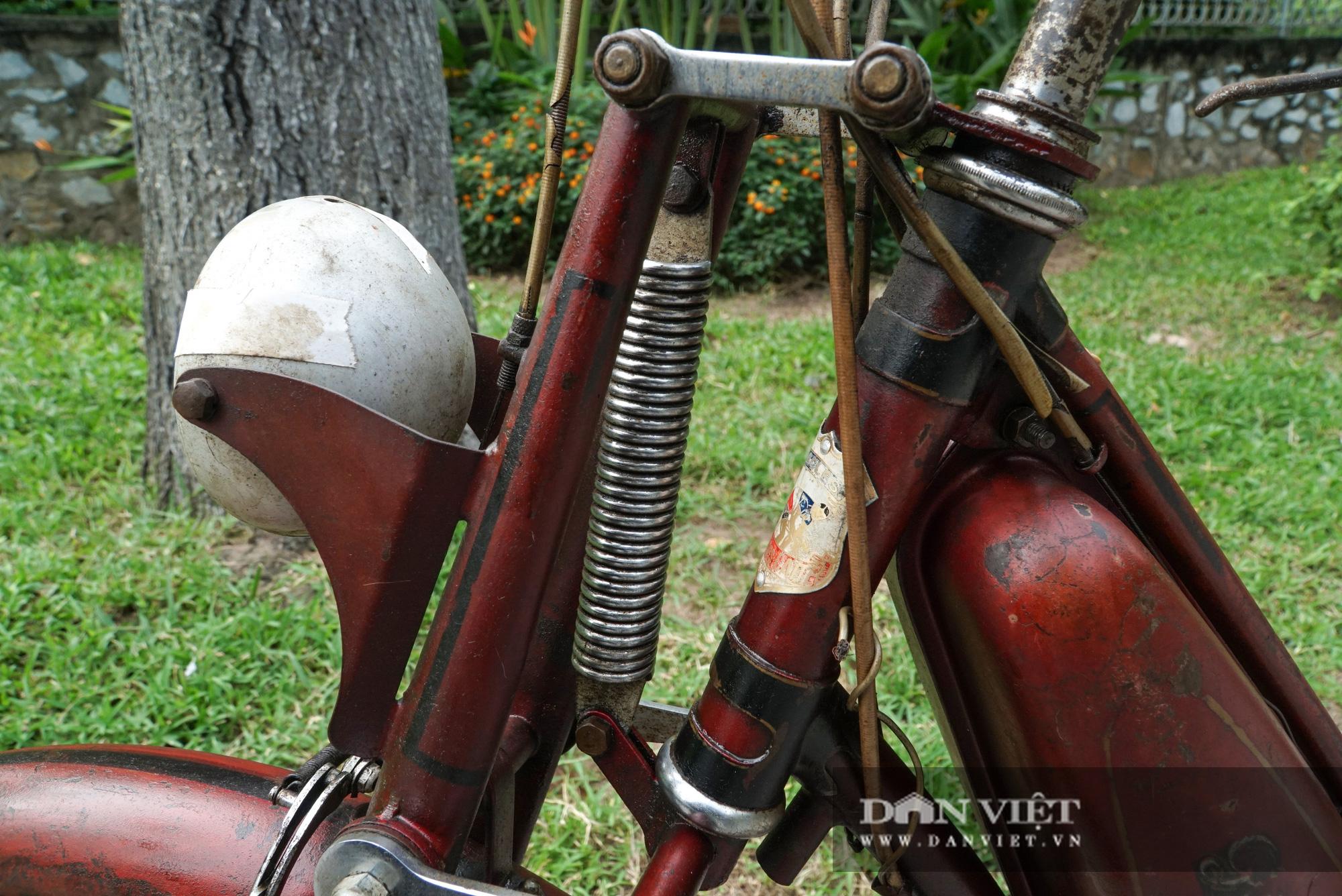 Xe máy Georges Catte gần 70 tuổi vẫn chạy bon bon trên đường - Ảnh 5.
