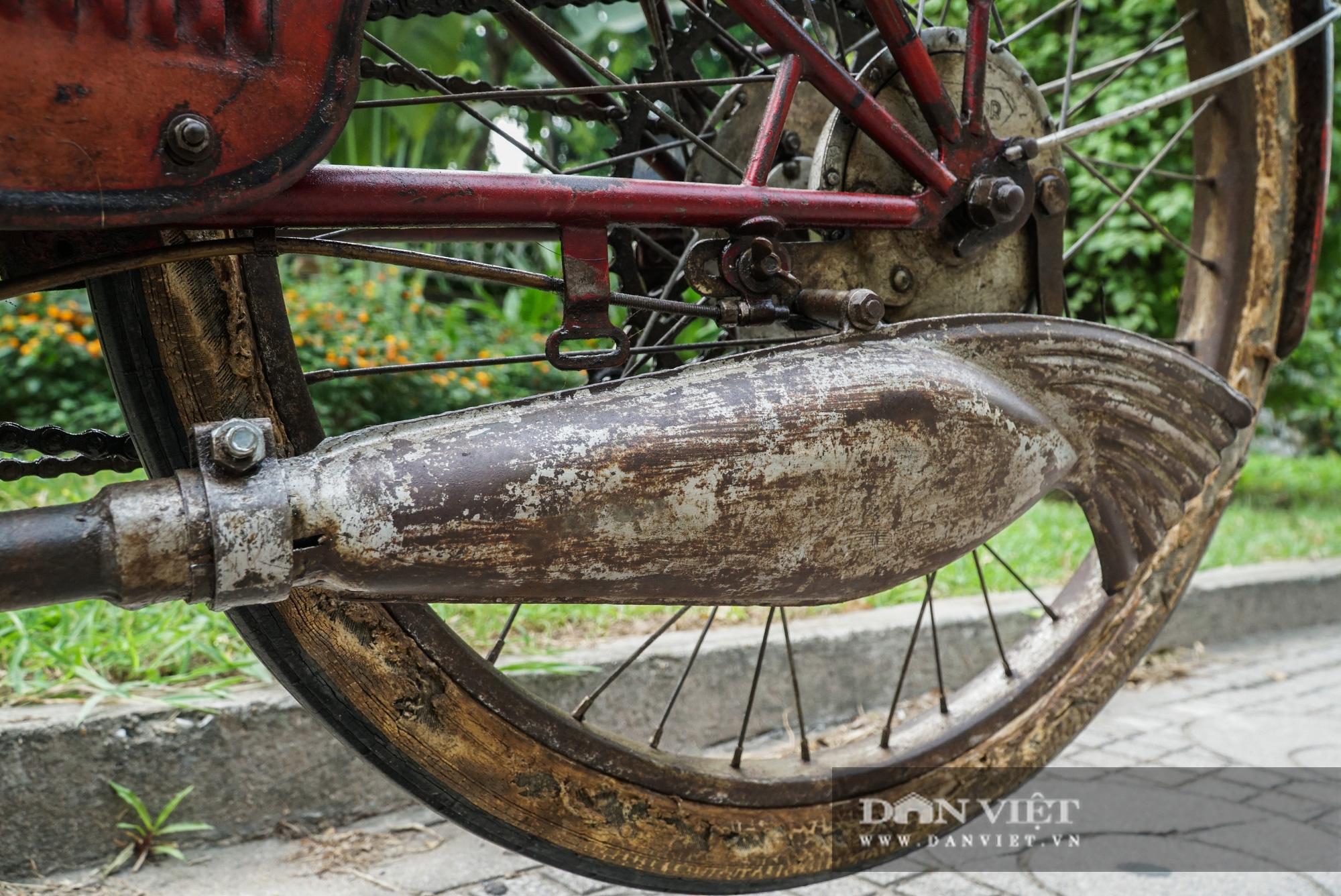 Xe máy Georges Catte gần 70 tuổi vẫn chạy bon bon trên đường - Ảnh 9.