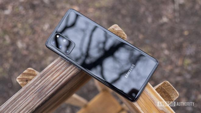 Những mẫu smartphone 2020 được giảm giá mạnh tại Việt Nam - Ảnh 1.