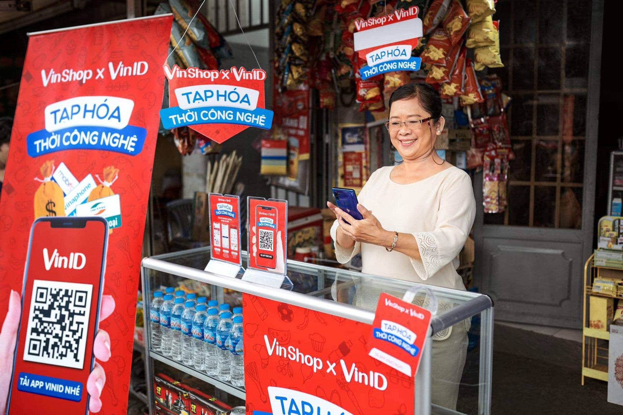 VinShop bắt tay Techcombank ra mắt dịch vụ hỗ trợ vốn cho chủ tạp hóa mùa Tết 2021 - Ảnh 2.