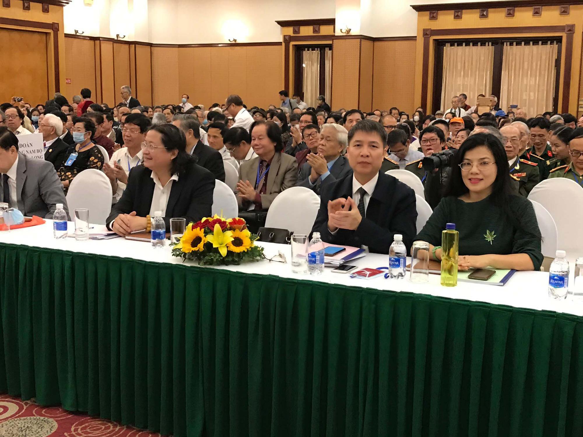 Đại hội Hội nhà văn Việt Nam khoá X: Kỳ vọng nhiều tác phẩm về nông thôn và chống tham nhũng.  - Ảnh 2.