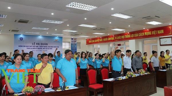 BHXH tỉnh Sơn La: Phát triển đối tượng tham gia BHYT là góp phần xây dựng nông thôn mới - Ảnh 1.
