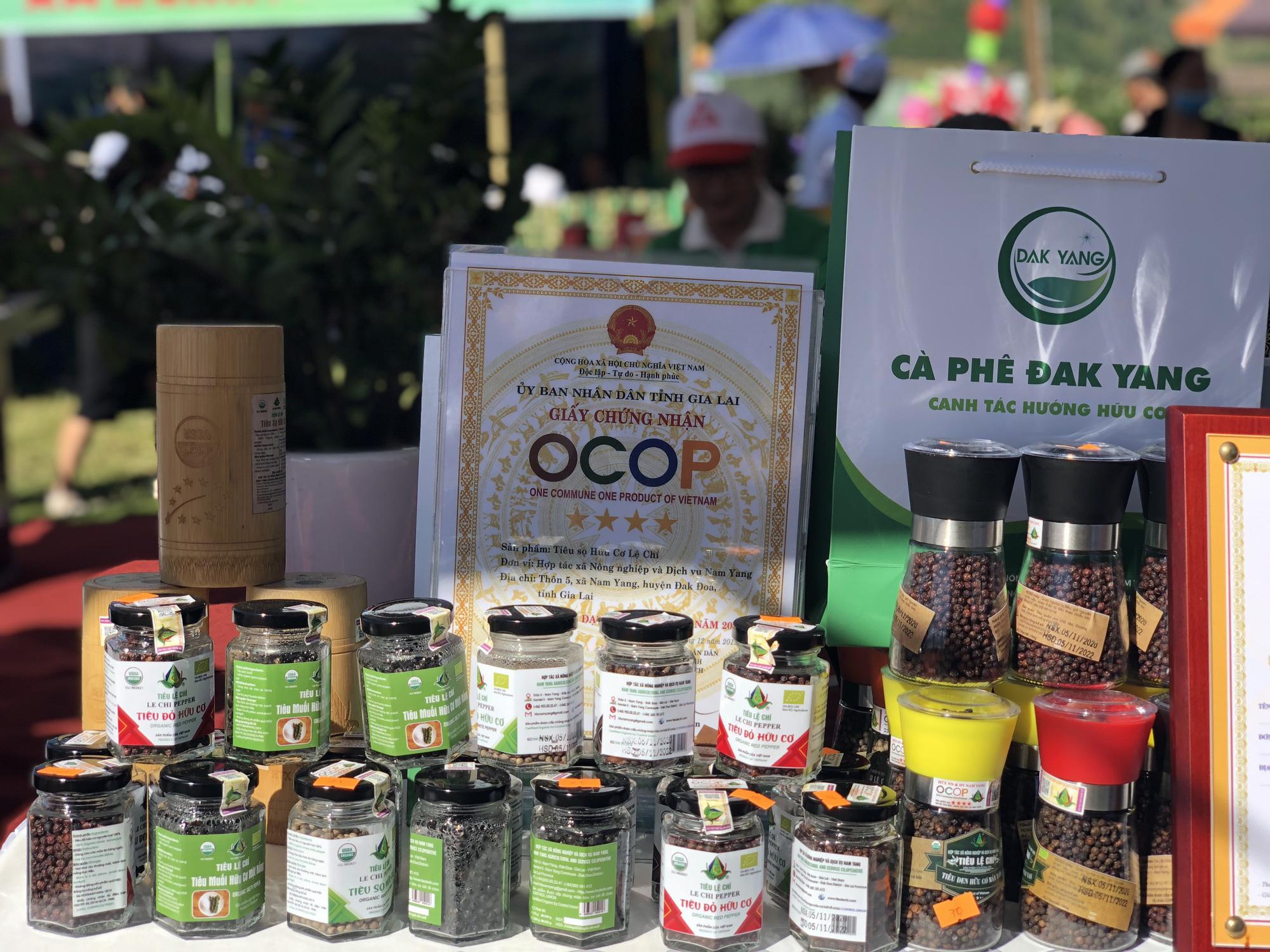 Đa dạng các sản phẩm OCOP tại các lễ hội, kết nối sản xuất với tiêu dùng - Ảnh 4.