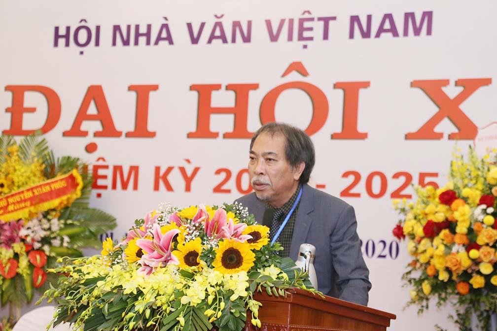 Nhà thơ Nguyễn Quang Thiều nói gì trước vai trò là tân Chủ tịch Hội Nhà văn Việt Nam  - Ảnh 3.
