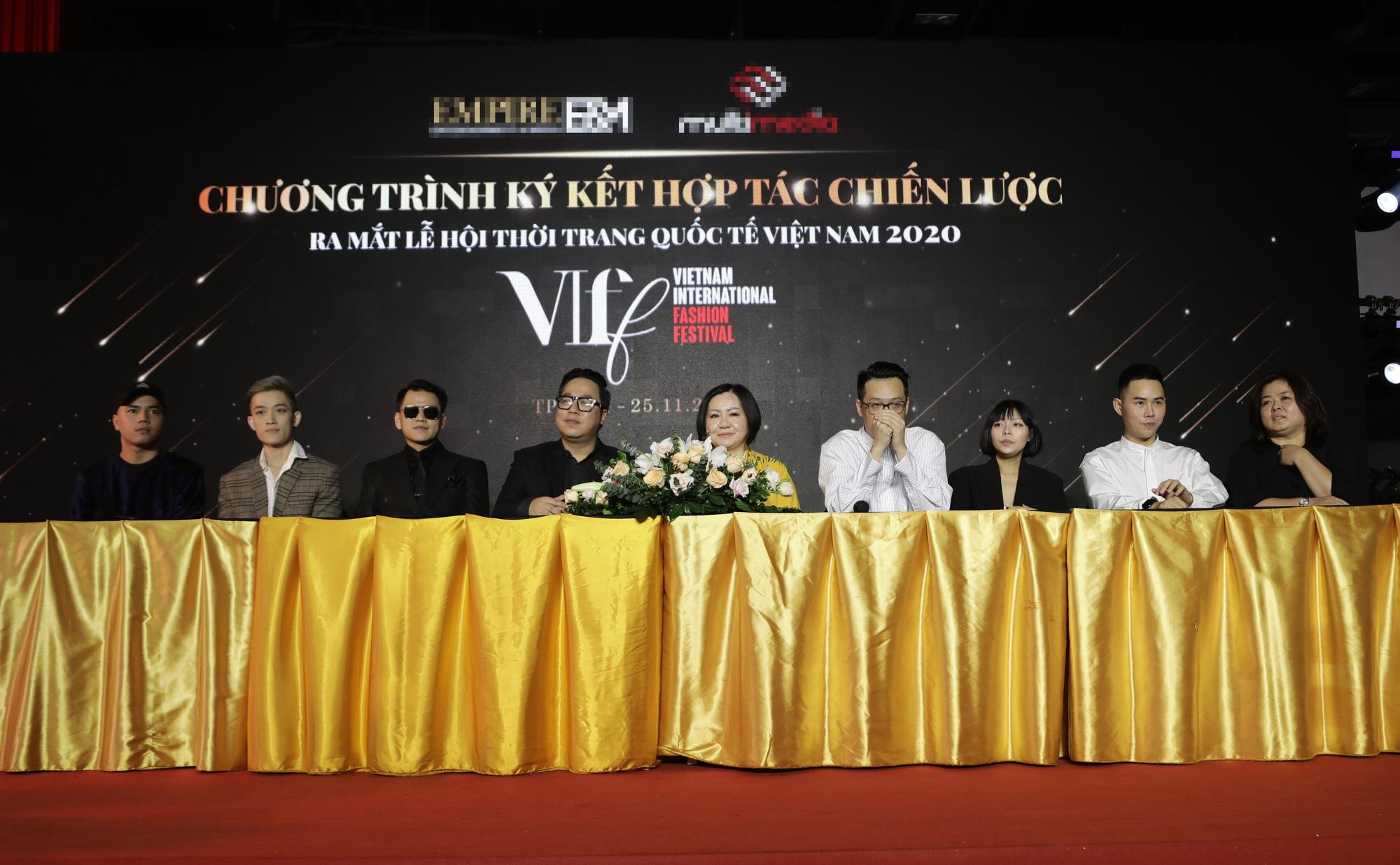 Lễ hội Thời trang Quốc tế tại Việt Nam quảng bá văn hóa và du lịch - Ảnh 2.