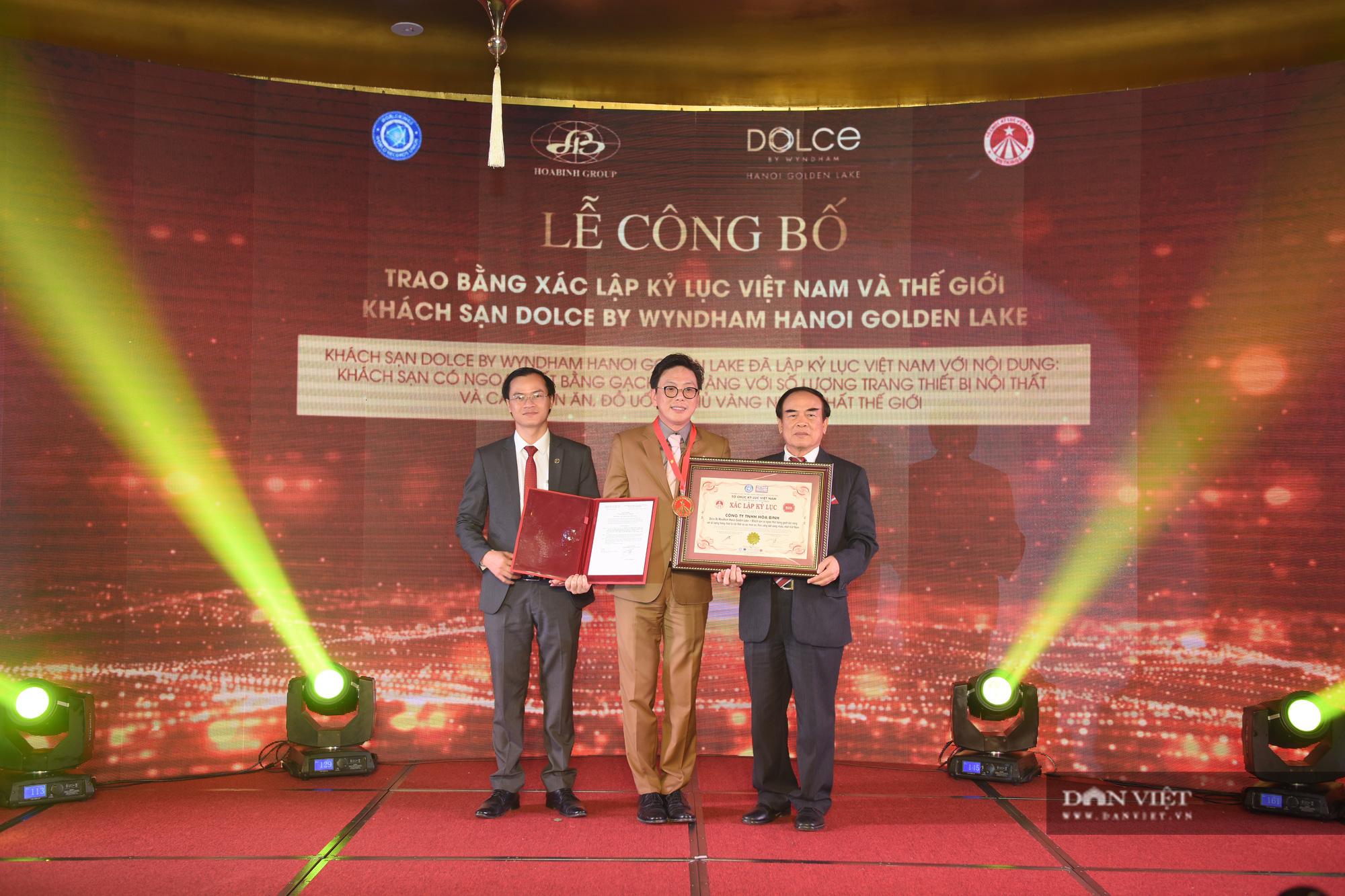Cận cảnh khách sạn đạt kỷ lục dát nhiều vàng 24k nhất thế giới tại Hà Nội  - Ảnh 8.