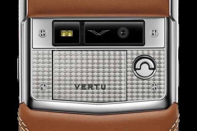 Trên tay điện thoại Vertu dành cho Bentley, giá bán choáng váng - Ảnh 3.