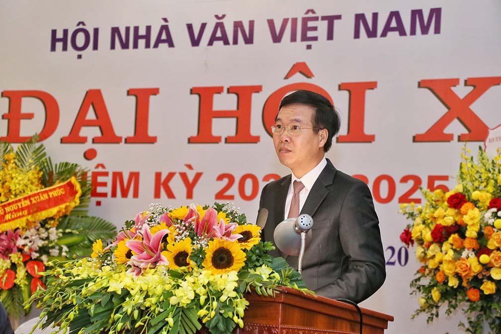 Nhà thơ Nguyễn Quang Thiều nói gì trước vai trò là tân Chủ tịch Hội Nhà văn Việt Nam  - Ảnh 2.