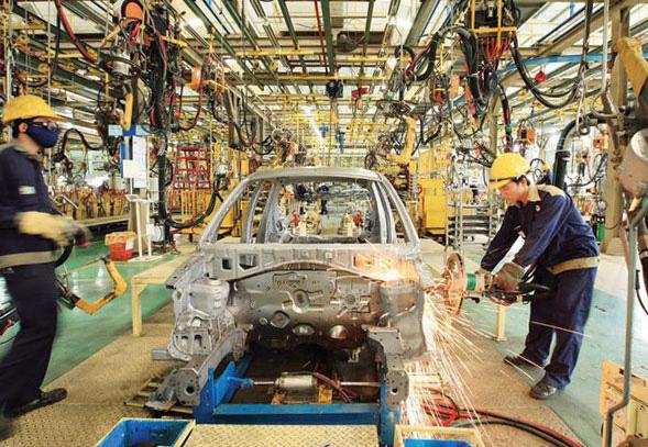 Bộ Tài chính: Chỉ giảm 50% phí trước bạ ô tô trong nước đến hết năm 2020 - Ảnh 1.