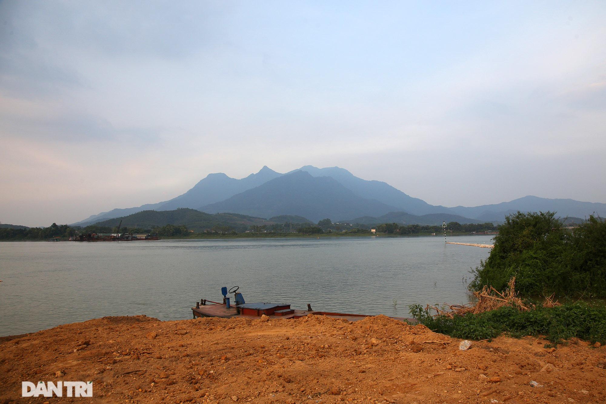 Núi thiêng gần Hà Nội đẹp mê mải nhìn từ muôn phương tám hướng - Ảnh 16.